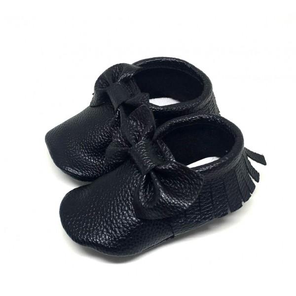 Siyah ilk adım ayakkabısı