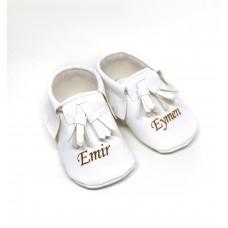 Beyaz püsküllü isimli bebek ilk adım ayakkabısı